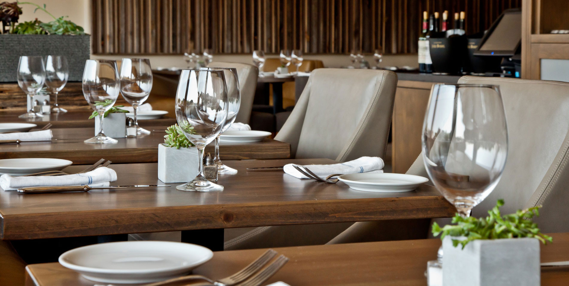 V's restaurant + bar malibu | great food + great drinks +